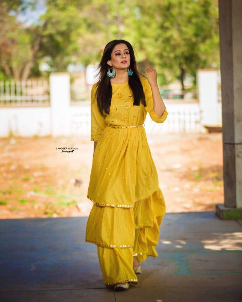 Priyamani Raj in yellow flared dress by Kamodinee for Dhee 13-1