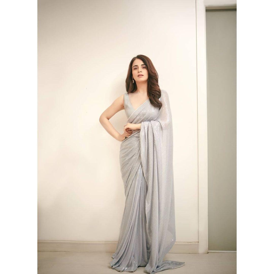 Radhika Madan in agrey sequin saree by manish malhotra for phalke awards'20-1
