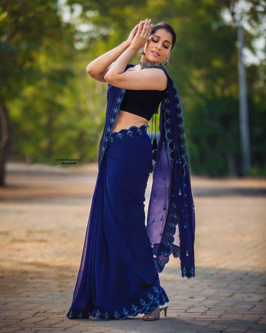 Rashmi Gautam in royal blue saree by wowo