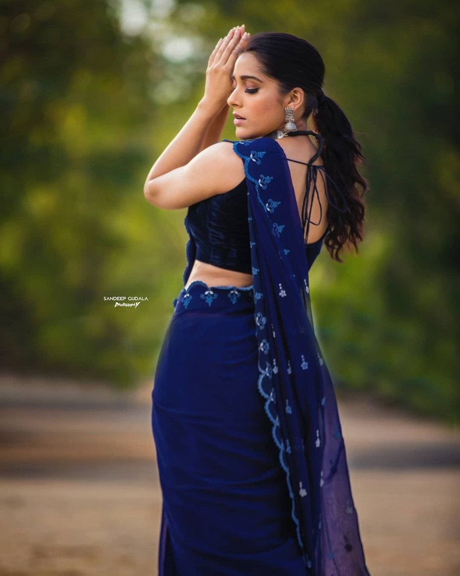 Rashmi Gautam in royal blue saree by wowo2