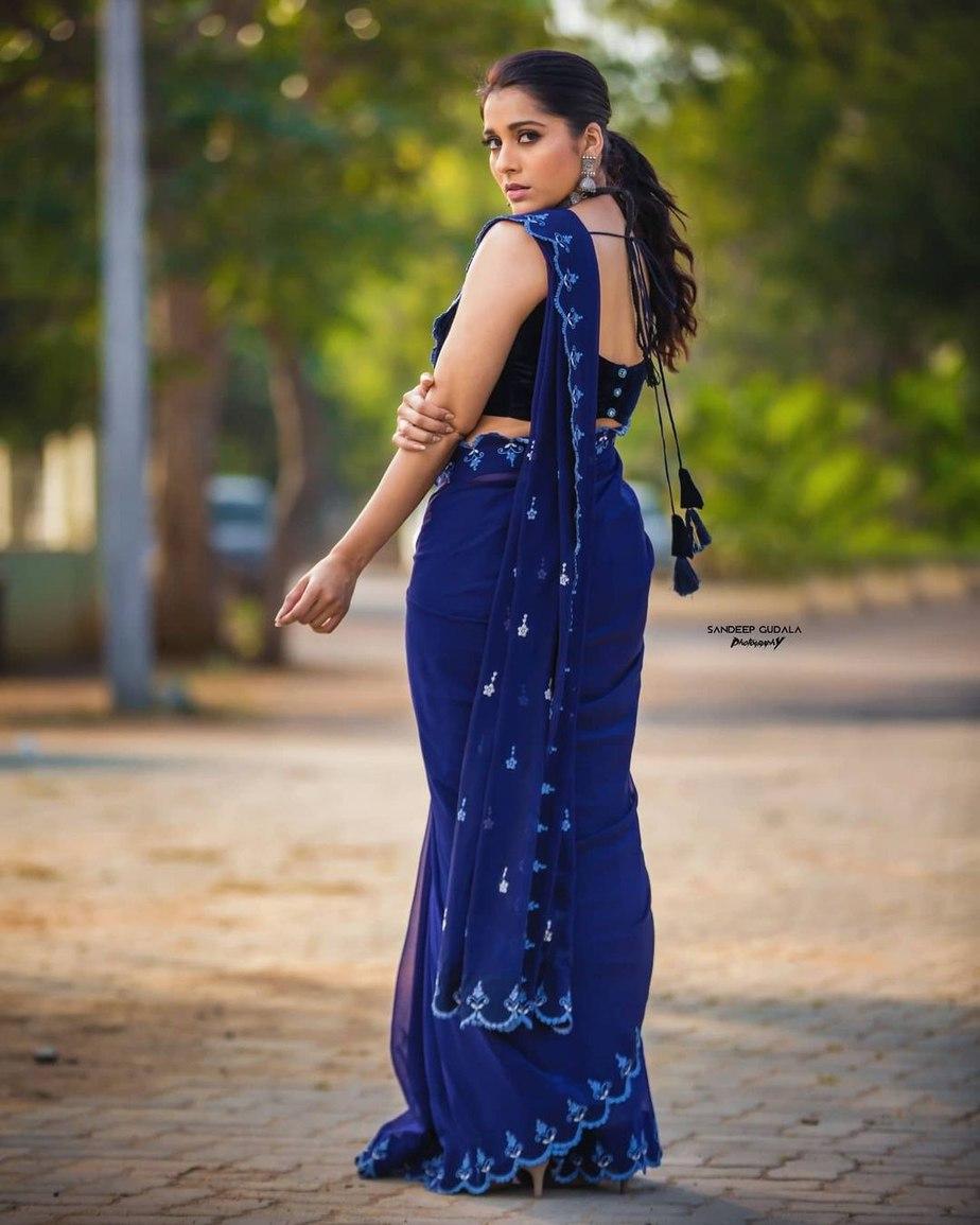Rashmi Gautam in royal blue saree by wowo3