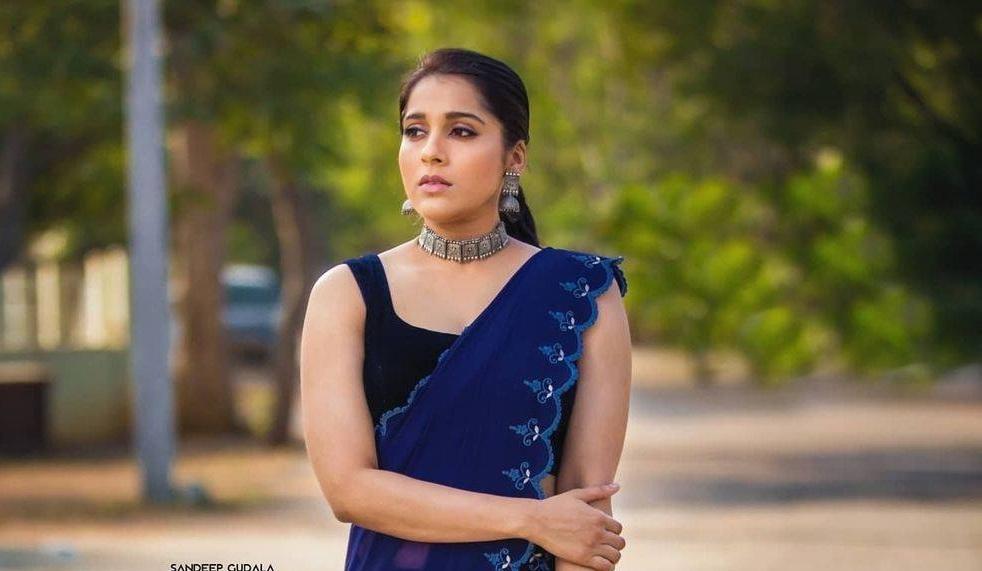 Rashmi Gautam in royal blue saree by wowo5