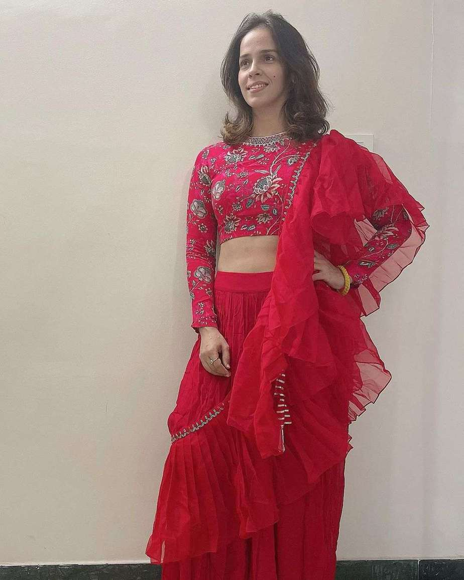 Saina Nehwal in red ruffle saree by Chhavi aggarwal 1