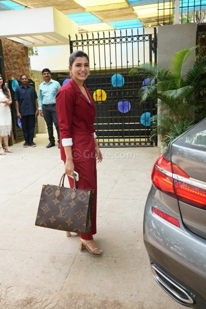 Samantha Akkineni in burgundy pant-suit for ekam early lerning 1st anniversary celebs-1.1