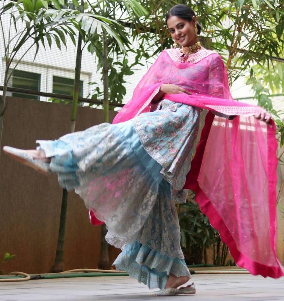 bindu madhavi in a blue sharara set with a pink dupatta