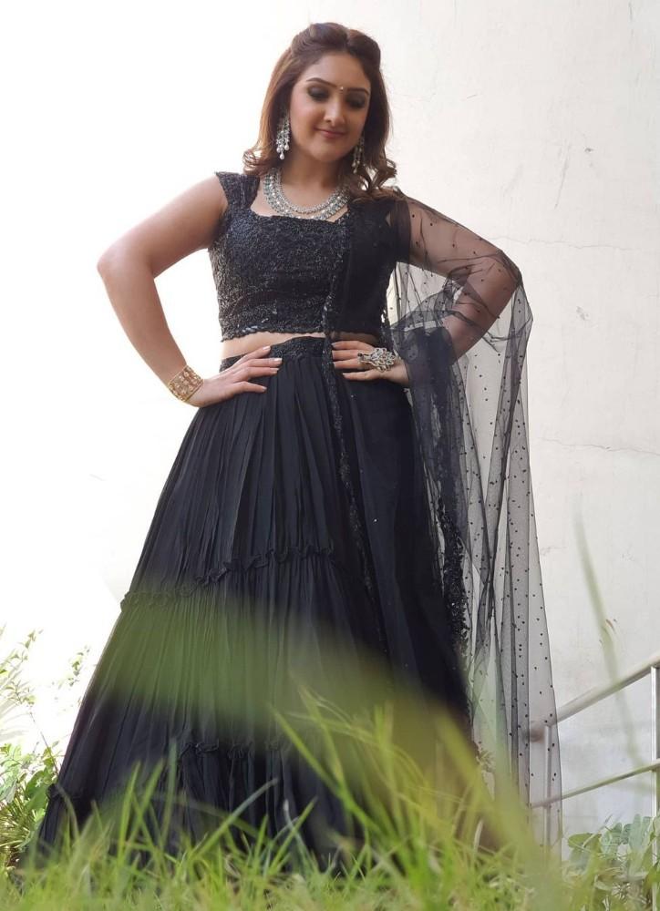 sridevi vijaykumar in a black lehenga for comedy stars