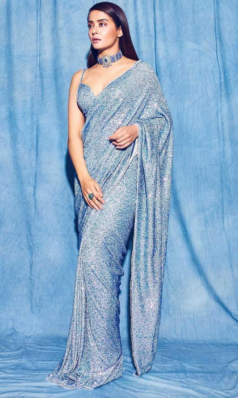 surveen chawla in powder blue saree by Neeta lulla-2