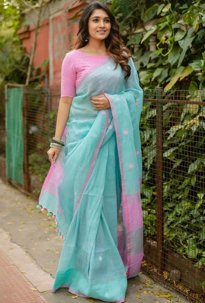 vani bhojan in blue cotton saree