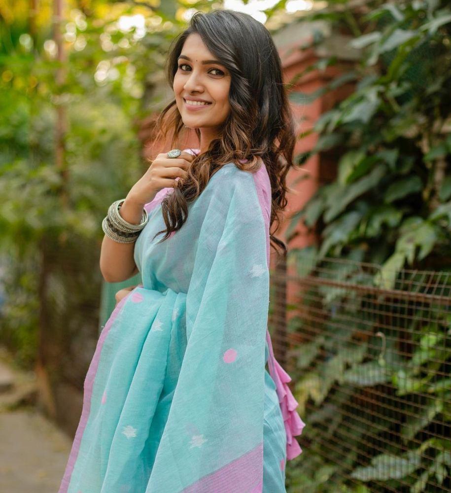 vani bhojan the pallu shop sky blue saree