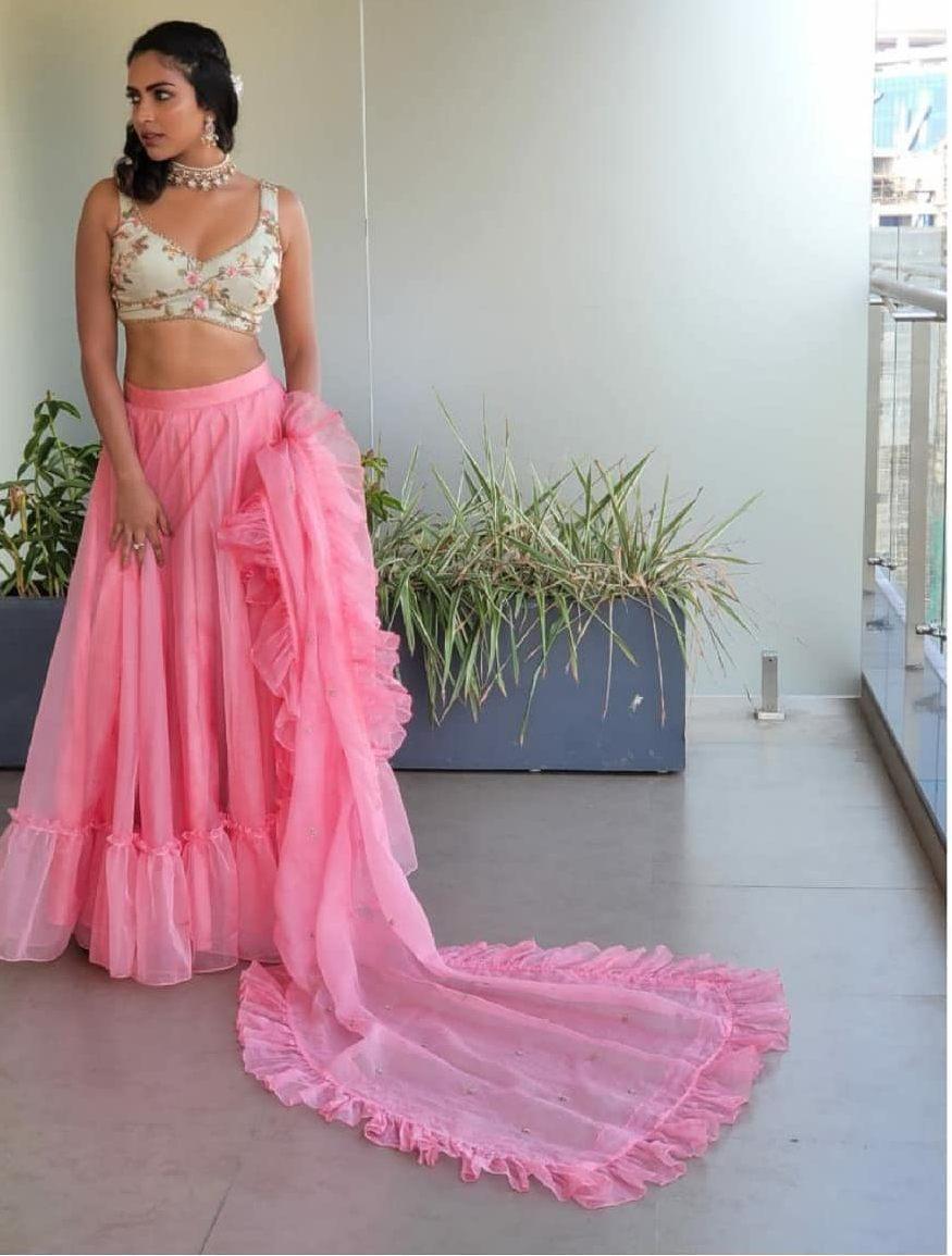 Amala Paul in pink chaitanya rao lehnega for her bestfriend's engagement-3