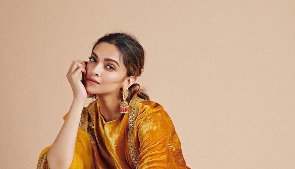Deepika Padukone in sabyasachi kurta set for holi-1