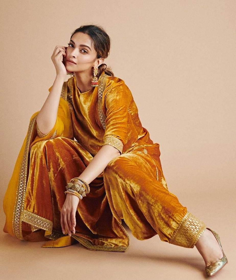 Deepika Padukone in sabyasachi kurta set for holi-2