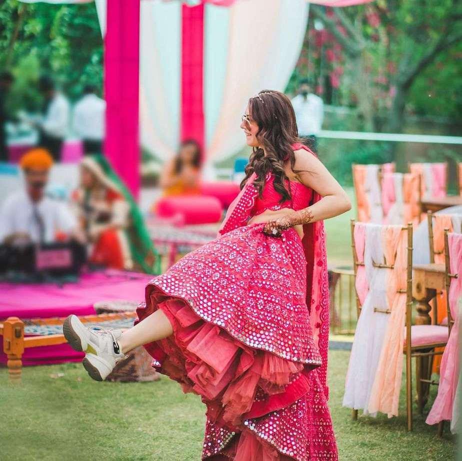 Hansika in pink abhinav mishra lehenga for brother's wedding day 3
