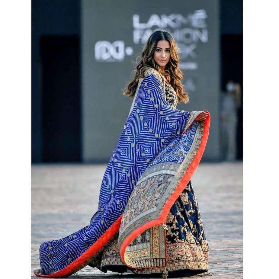 Hina Khan in a blue lehenga by Tatwamm for FDCIxLFW-4
