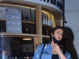 Ileana in casual black outfit in Bandra