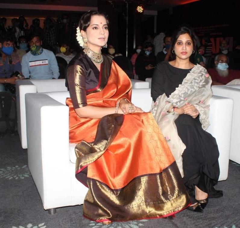 Kangana Ranaut in a madhurya creations pattu saree for thalaivi trailer launch-3