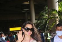 Kangana Ranaut spotted at airport arrival in pink saree-2
