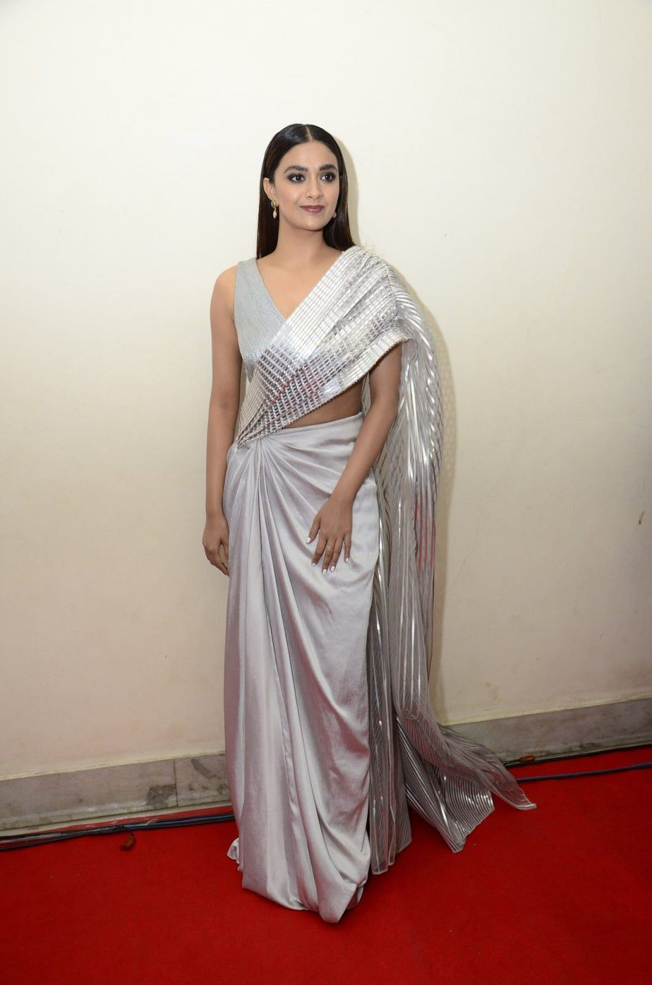 Keerthy Suresh in a metallic silver pre-draped saree for rang de pre-release event-1