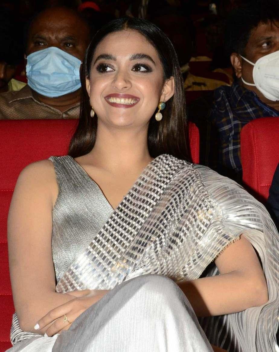 Keerthy Suresh in a metallic silver pre-draped saree for rang de pre-release event-4