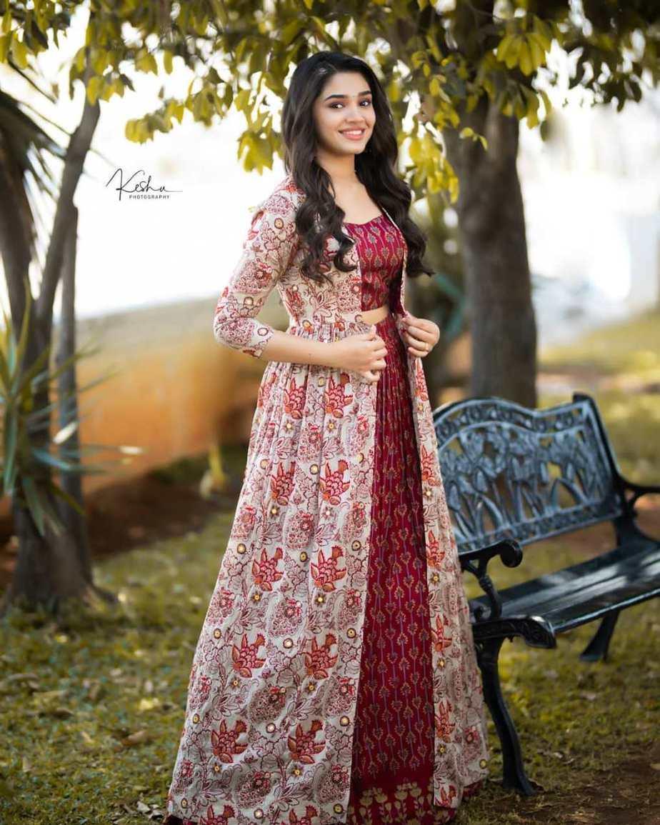 Krithi Shetty in brick red kalamkari ethnic outfit by Label anushree-3