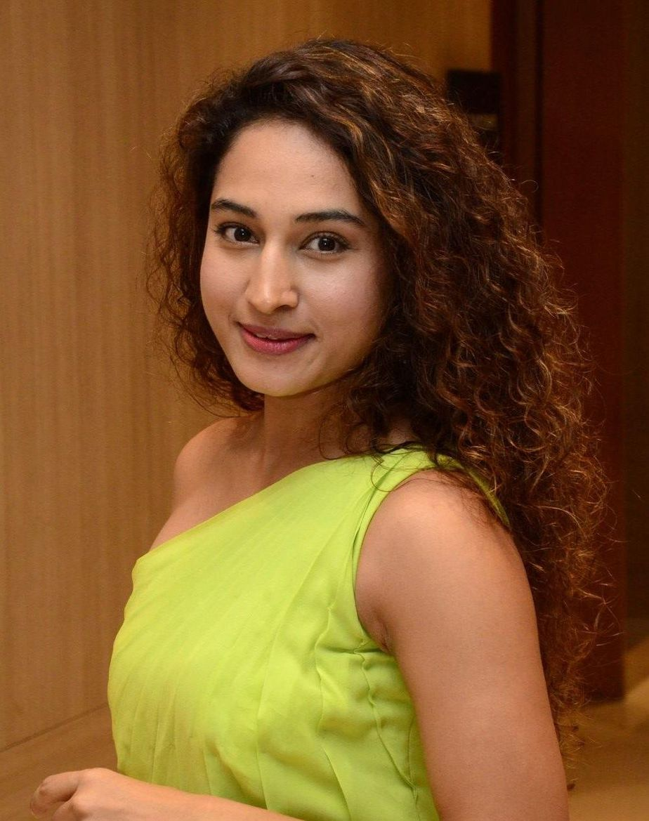 Pooja Ramachandran in a neon dress for powerplay pre-release event-3