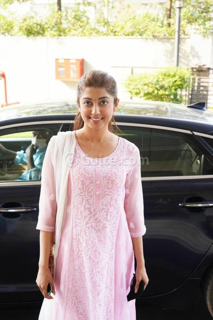 Pranitha Subash in pink kurta set in Hyderabad-3