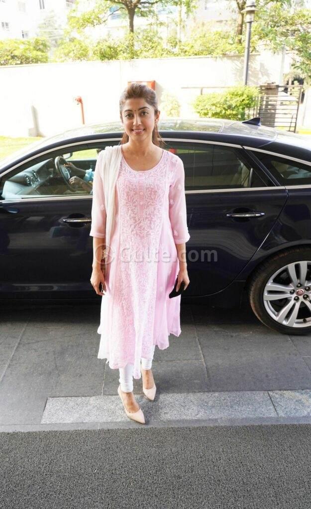 Pranitha Subash in pink kurta set in Hyderabad