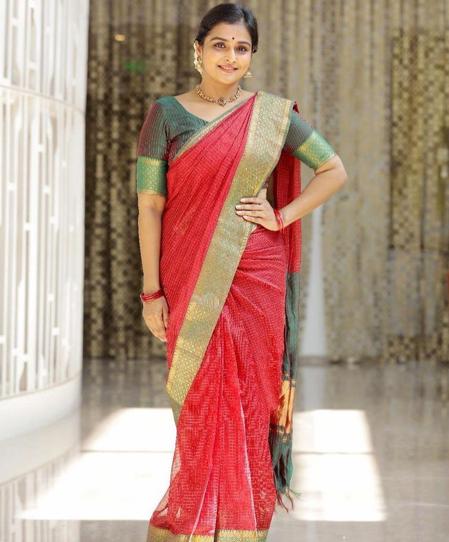 Remya Nambessan in red mangalgiri saree by Thenmozhi designs-4