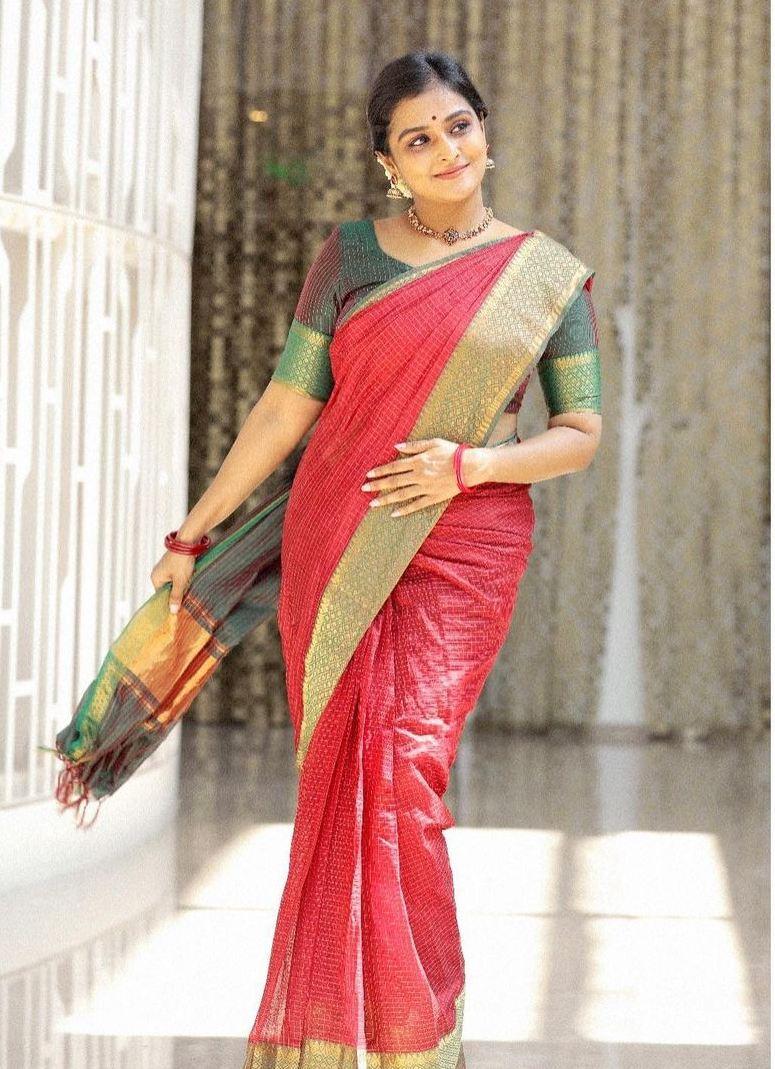 Remya Nambessan in red mangalgiri saree by Thenmozhi designs