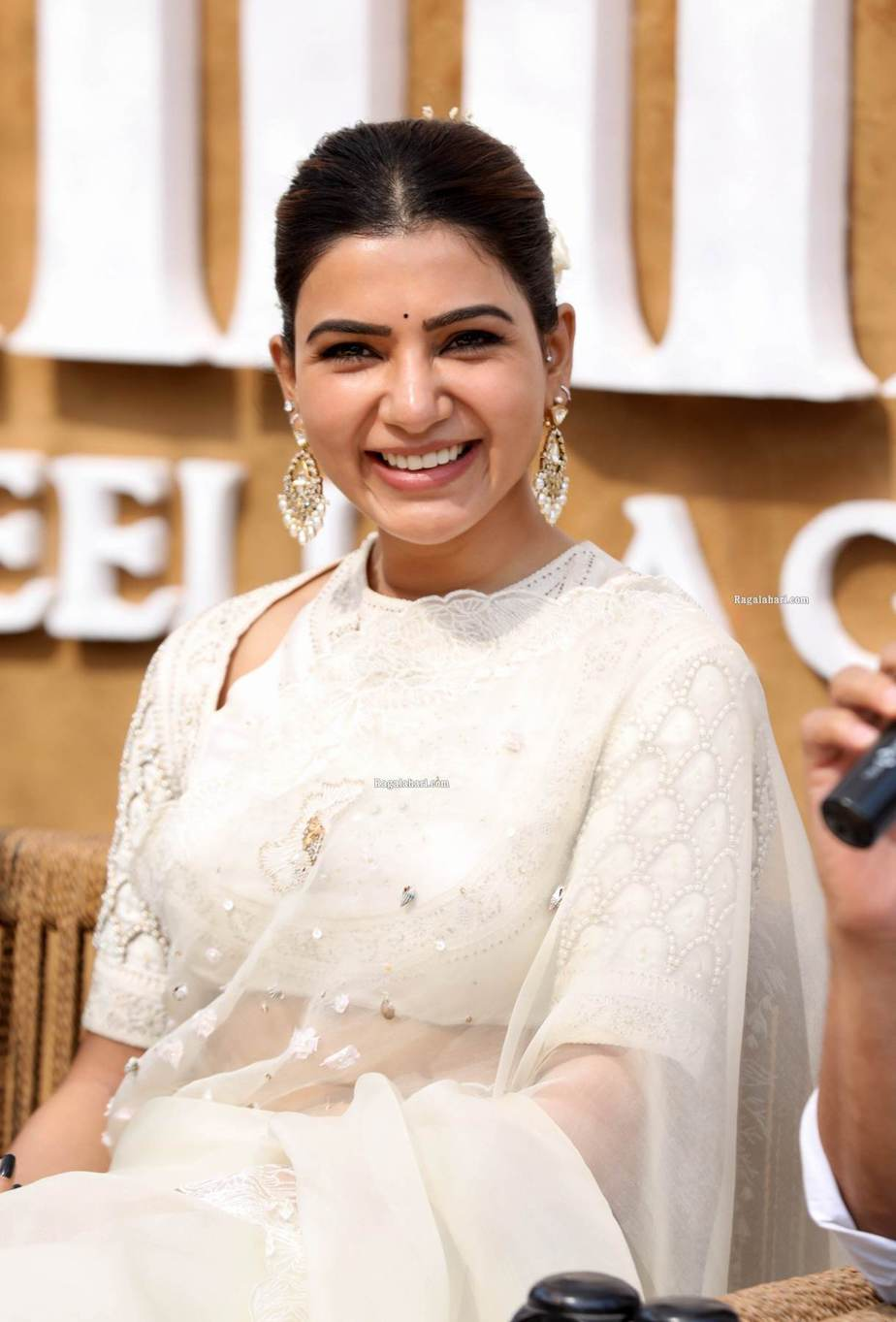 Samantha in off white saree by house of three for Shakuntalam muhurat-2