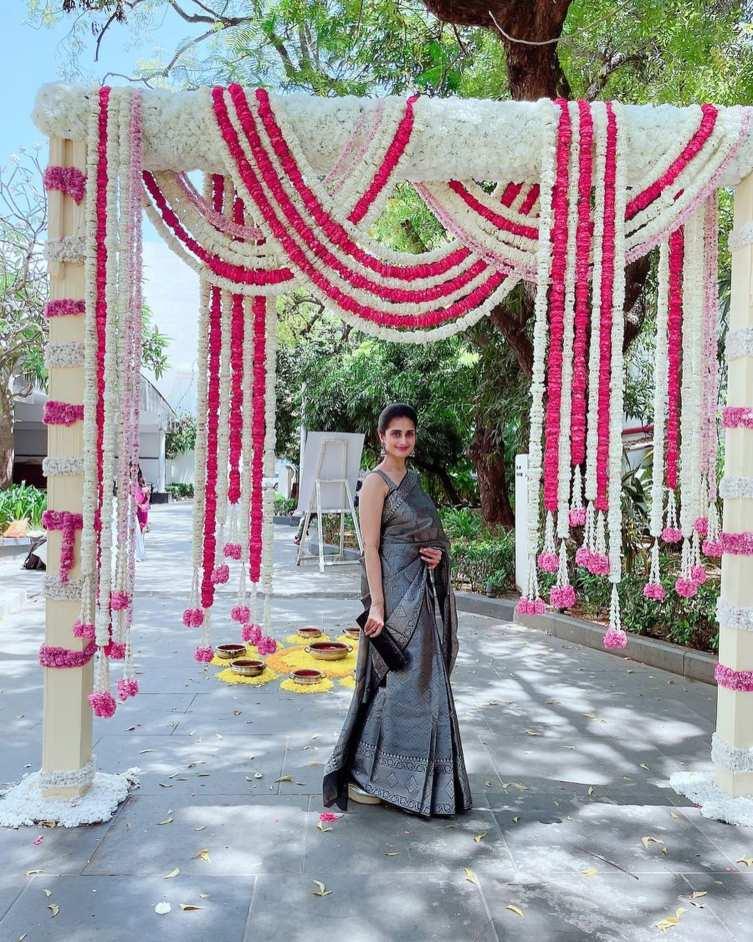 Shamlee in black pattu saree for a event-1