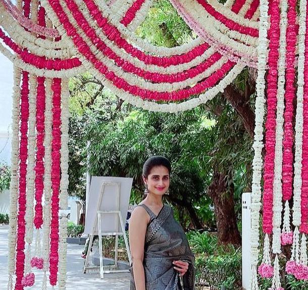 Shamlee in black pattu saree for a event-2