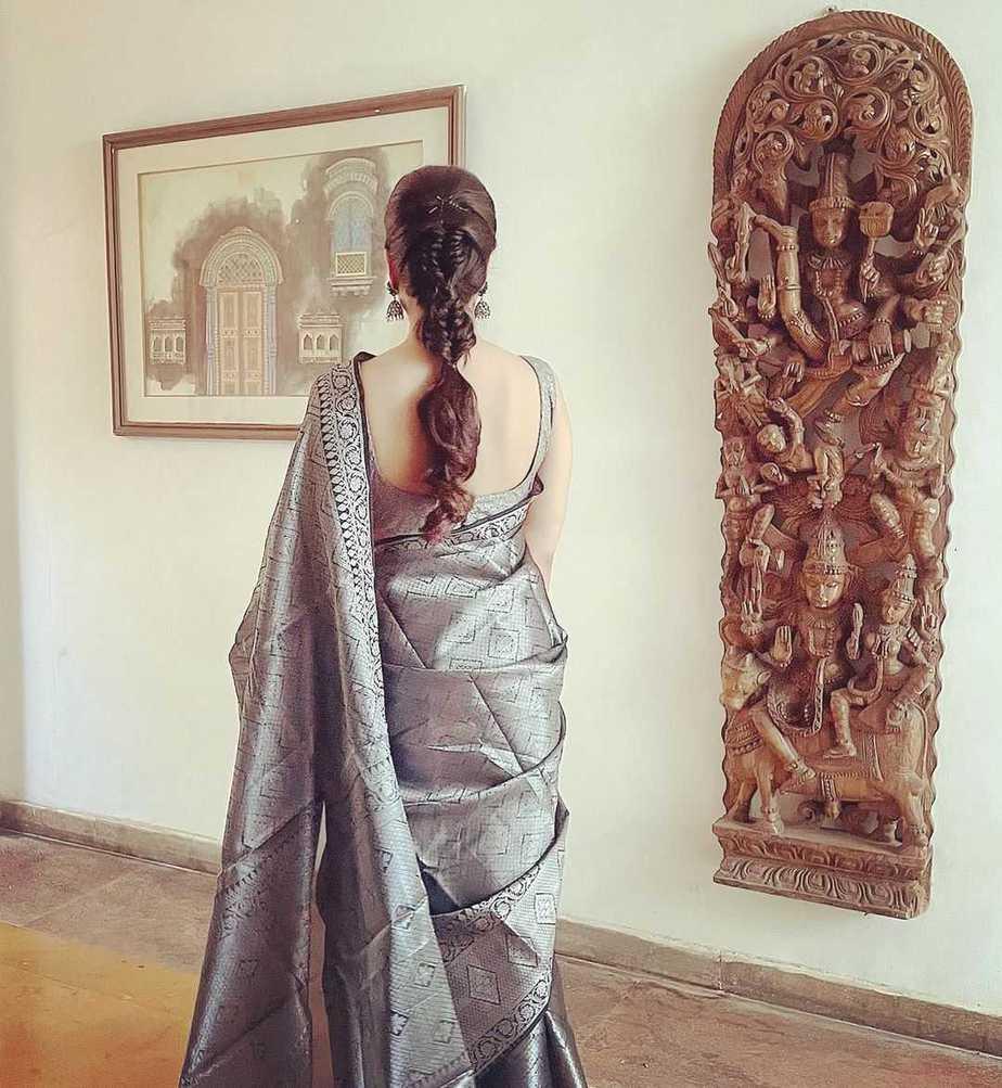Shamlee in black pattu saree for a event-3