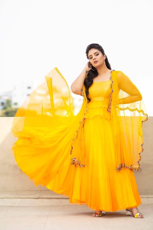 Sreemukhi in a yellow outfit by Anitha Sagar Tenali for wild dog press meet-4