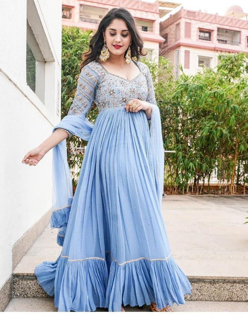 Surbhi Puranik in powder blue anarklai by Nallamz for sashi promotions-1