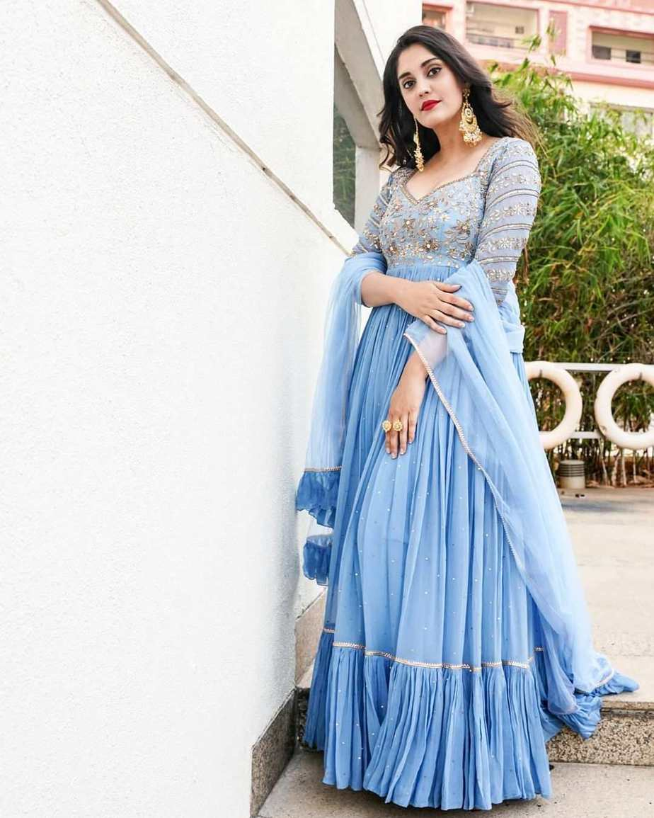 Surbhi Puranik in powder blue anarklai by Nallamz for sashi promotions-3