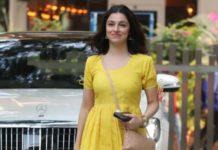 divya khosla kumar in yellow dress