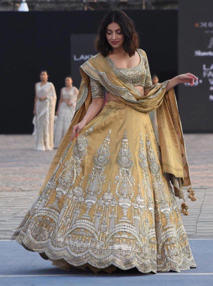 divya khosla kumar in gold lehenga by shweta and anuj