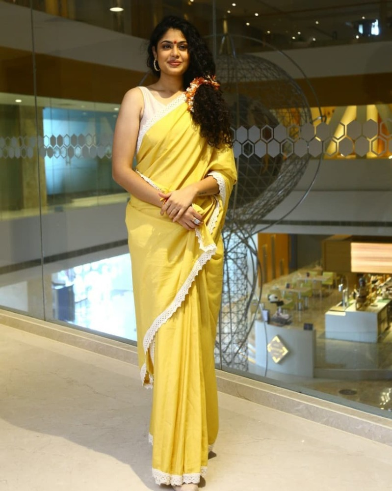 faria abdullah in yellow saree for jaati ratnalu promotions