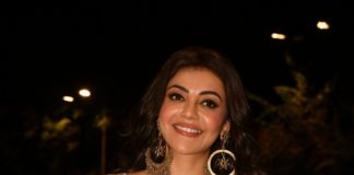 kajal aggarwal in printed saree at mosagallu pre release (2)