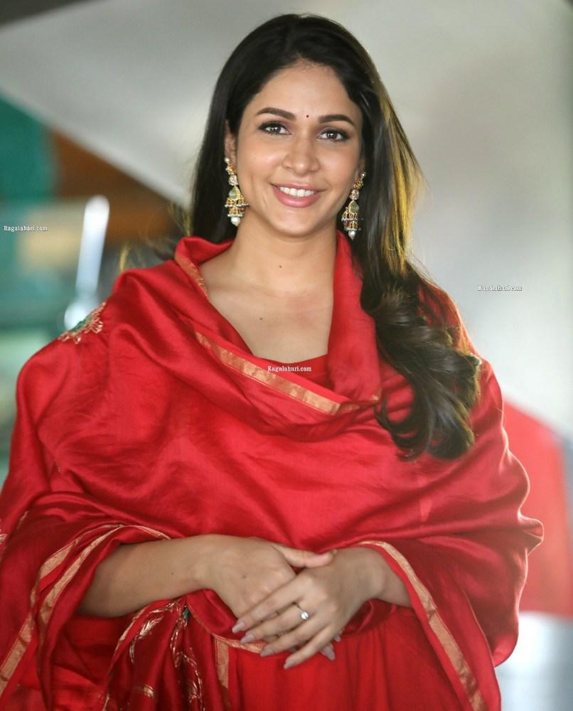 lavanya tripathi at chaavu kabaru challaga interview in red salwar