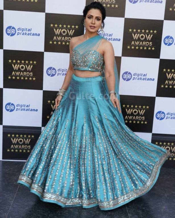 nandini rai at wow awards in blue lehenga
