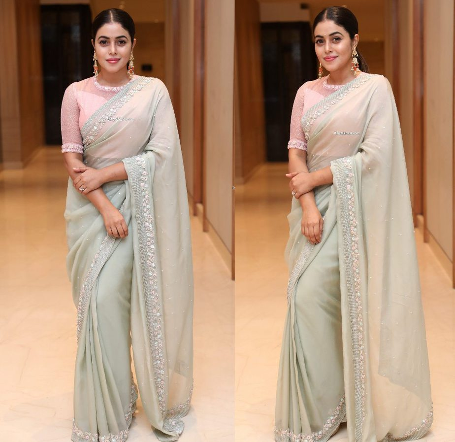 poorna at powerplay movie pre-release event