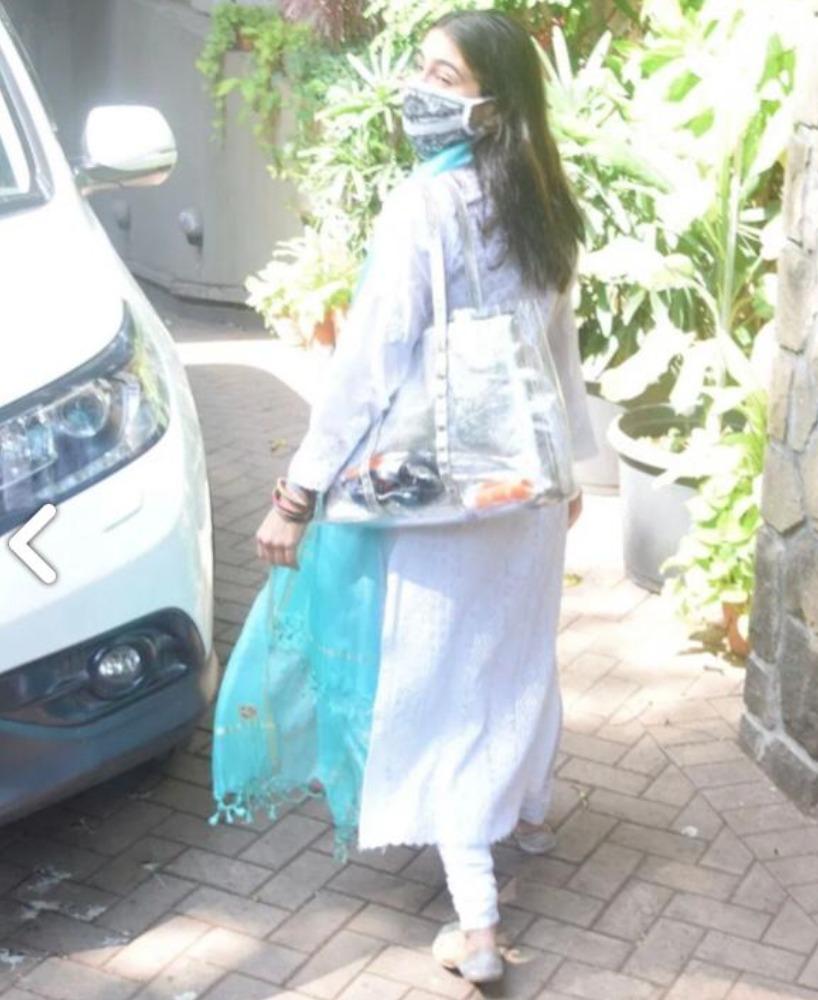 sara ali khan goes colorful for holi