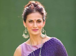shilpa reddy in aubergine saree by Kanktala for q and a show