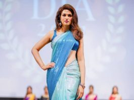 shraddha das in a blue sequin saree at DIA