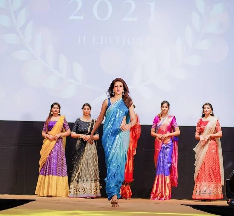 shraddha das in blue sequin saree walking the ramp