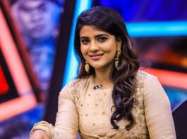 Aishwarya Rajesh in gold anarkali by Gundumalli for a chat show-1