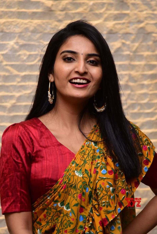 Ananya Nagalla in yellow ruffle saree for Vakeel Saab magavu nee Vijayam event-1
