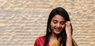 Ananya Nagalla in yellow ruffle saree for Vakeel Saab magavu nee Vijayam event-2